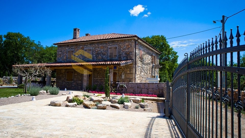 The island of Krk, beautifully decorated old stone house with a large garden and pool!