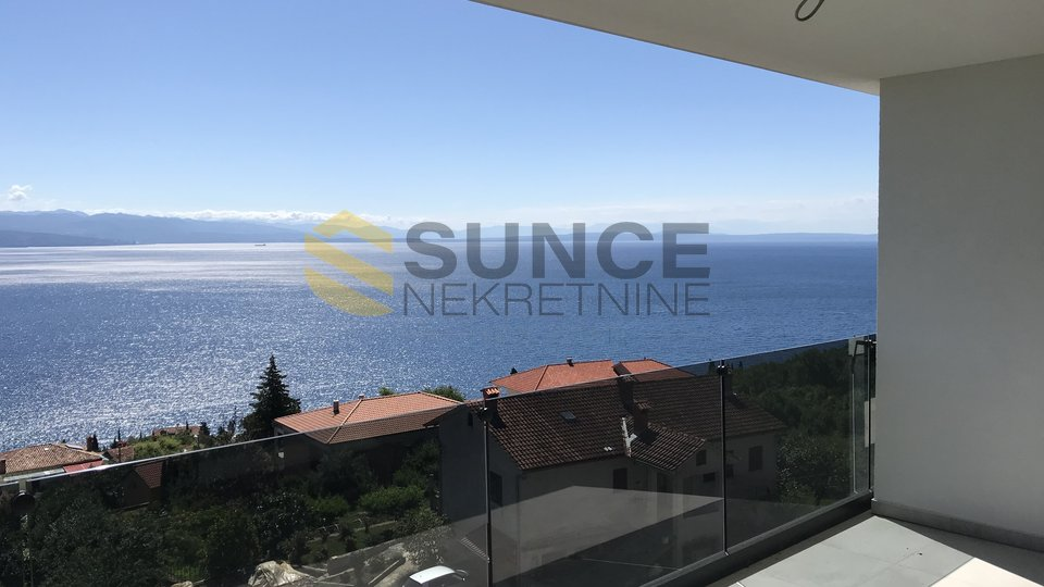 Opatija, luxury apartment on the second floor with panoramic sea views!