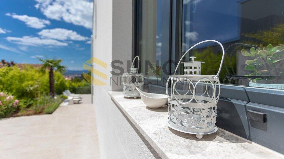 Malinska, Luxusvilla mit Pool, wunderschönem Meerblick. Hochwertige Konstruktion!