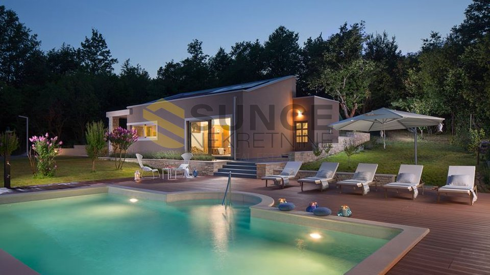 ISTRIA, BEAUTIFUL VILLA WITH PRIVATE WELLNESS CENTER AND FUN PARK