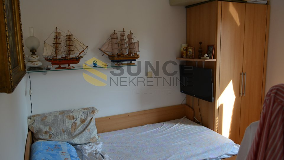 ISLAND OF KRK, OPPORTUNITY, TWO BEDROOM APARTMENT WITH SEA VIEW, 80 000 EUR