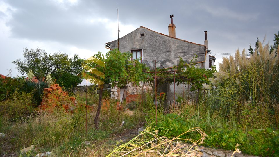 The town of Krk, detached stone house with a large garden and sea view!