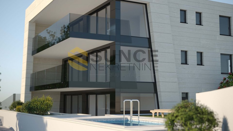 Malinska, new apartment of 114m2 on the first floor of an urban villa, only 200m from the sea!